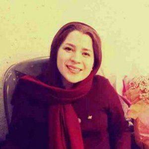 لیلی اکبری
