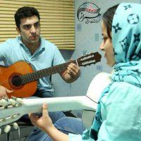 آموزش سلفژ و صداسازی زیرنظر سروش بصراوی در آموزشگاه موسیقی همراز