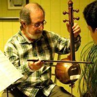 آموزش ویولن ایرانی زیرنظر هادی منتظری در آموزشگاه موسیقی همراز