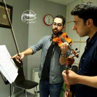 آموزش ویولن کلاسیک زیرنظر آرش جامع در آموزشگاه موسیقی همراز