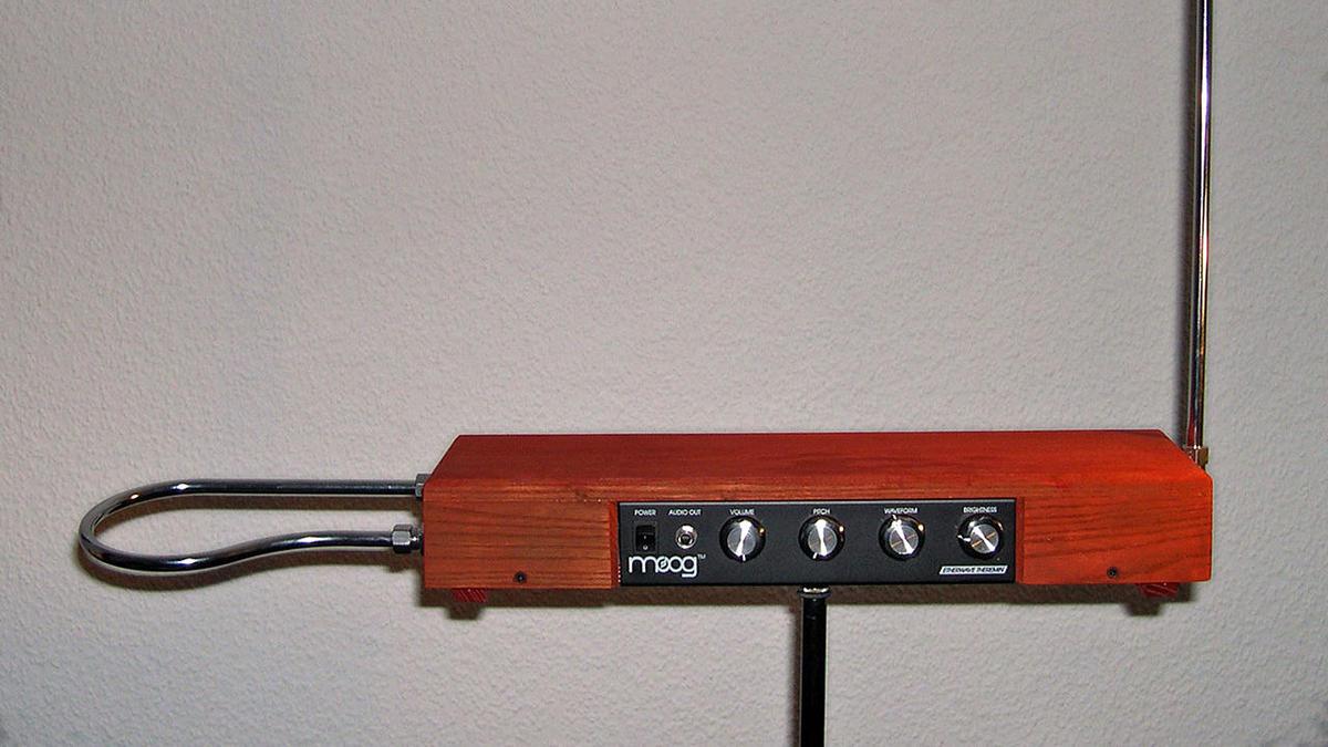 ساز ترمین theremin