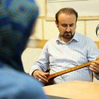 آموزش آواز سنتی زیرنظر دکتر عبدالحسین مختاباد در آموزشگاه موسیقی همراز