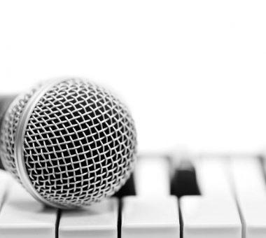 چند فایده شگفتانگیز آواز خواندن برای سلامتی