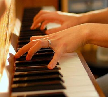 مراحل مقدماتی یادگیری پیانو
